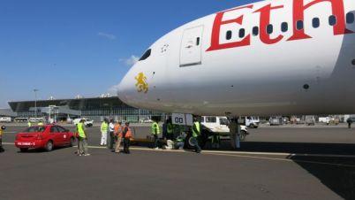Repairing 787 at Bole Airport